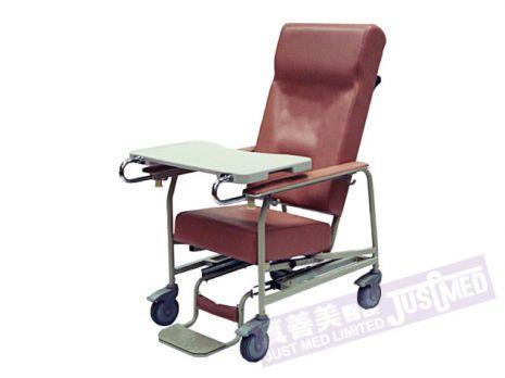 有輪老人椅