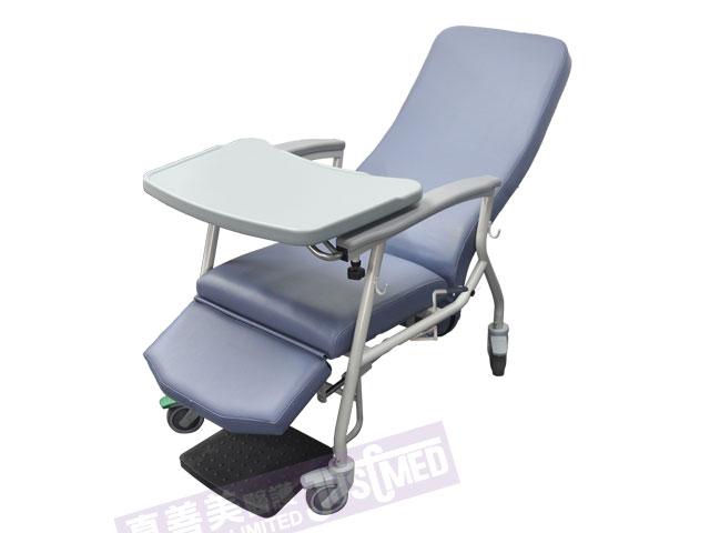 有輪傾斜式高背椅